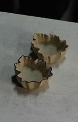 菊葉形小皿ー削り仕上げ