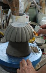 交趾菊形鉢ー原型削り仕上げ