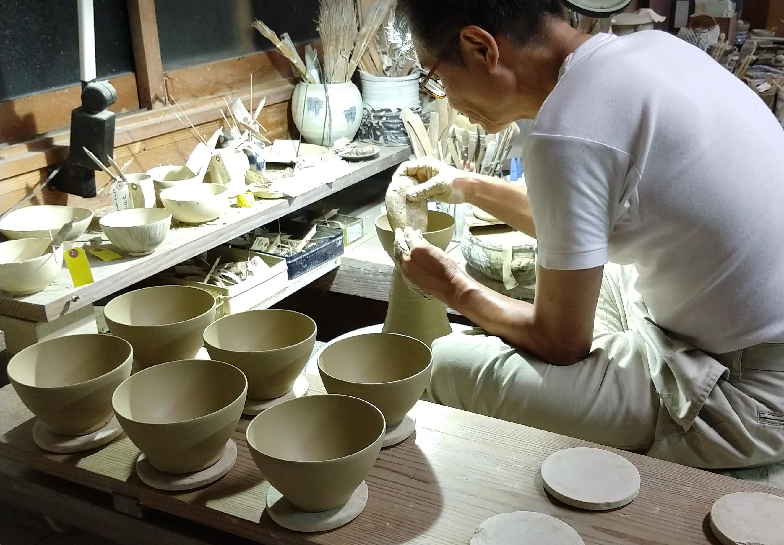 十草飯碗−ろくろ制作