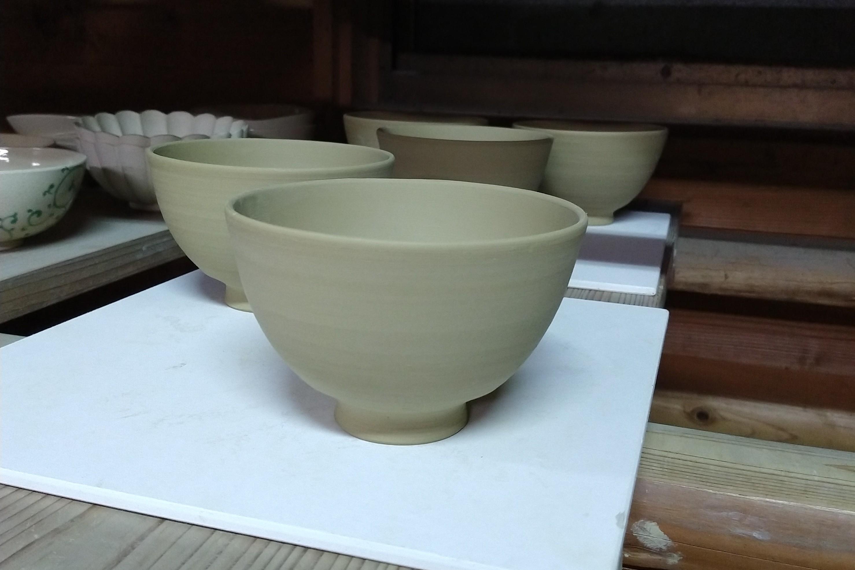 藪に鶯茶碗−削り仕上げ