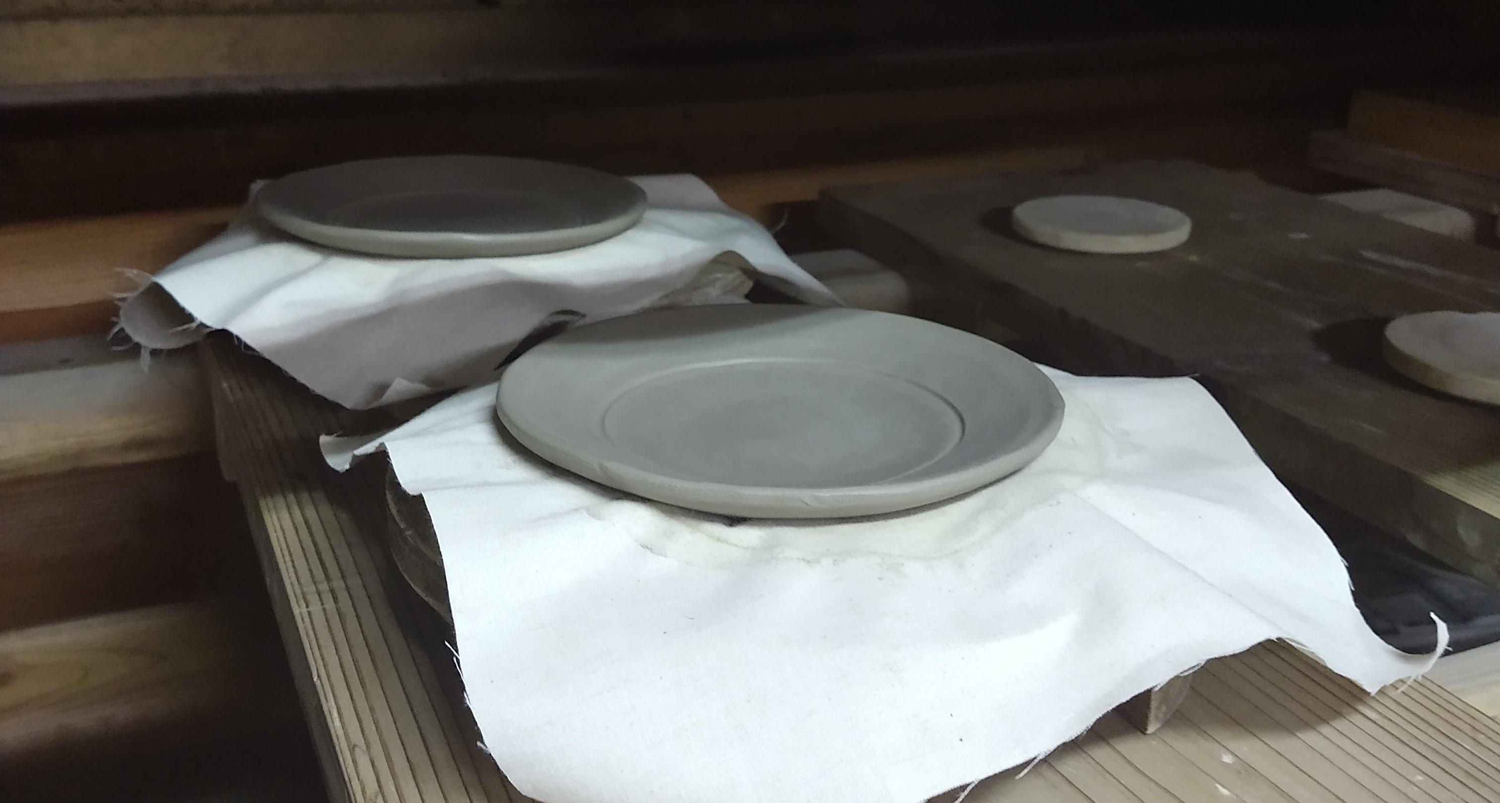 交趾土器皿ー手ひねり