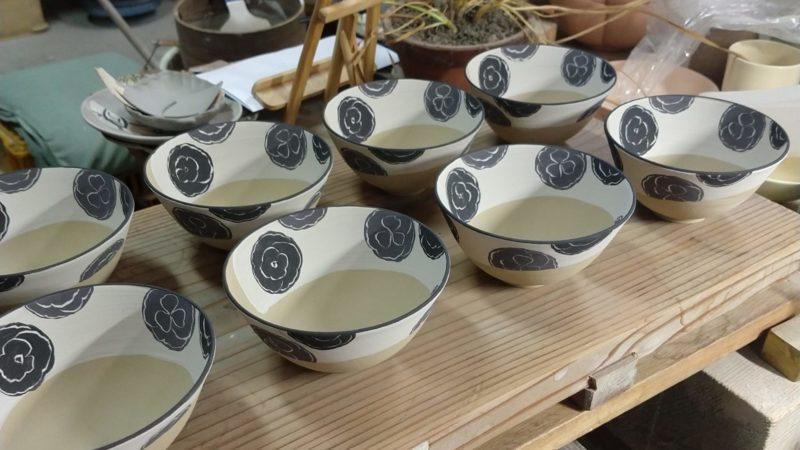 乾山写葵紋飯碗
