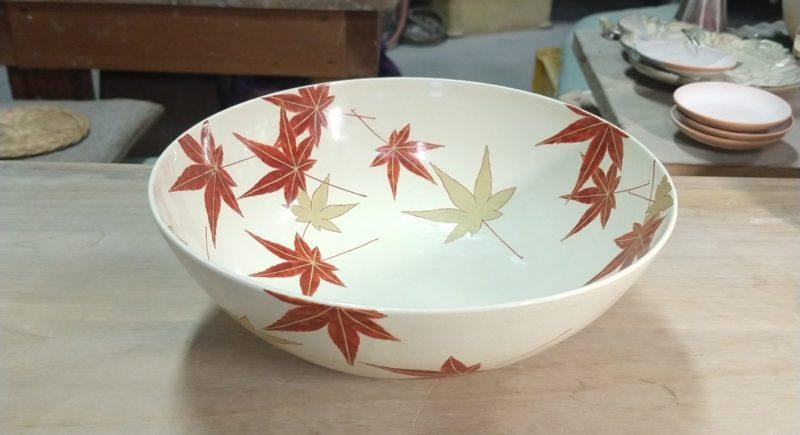 金彩紅葉紋大鉢