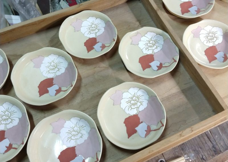 色絵芙蓉紋四方小皿