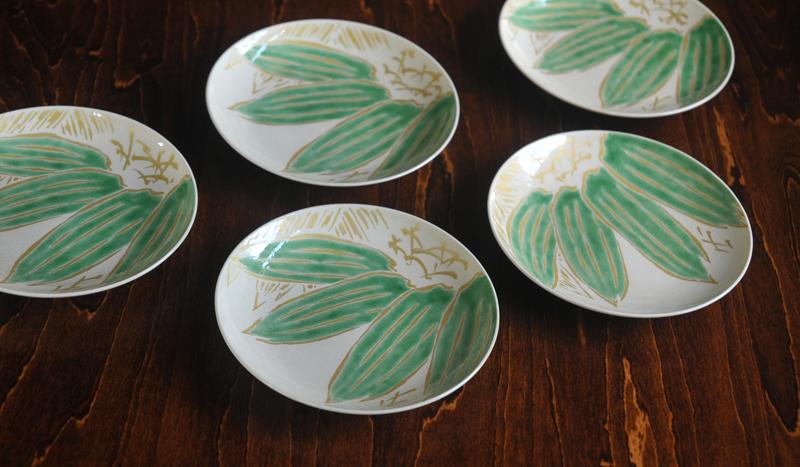 色絵笹紋4寸皿