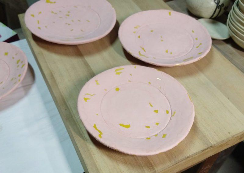 黄交趾土器皿