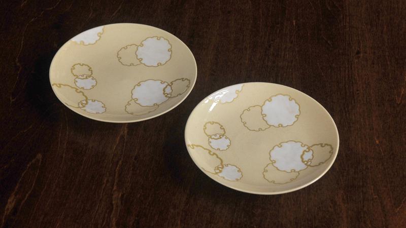 色絵雪輪紋4寸皿
